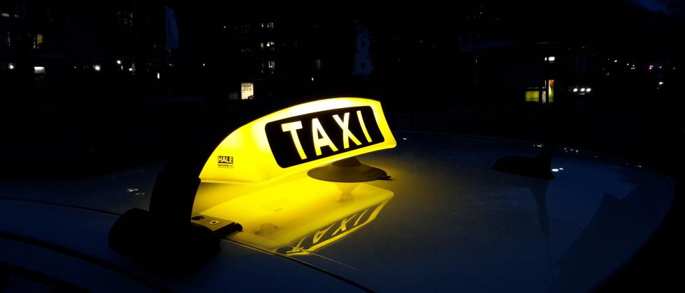 taxi bank home. Black Bedroom Furniture Sets. Home Design Ideas